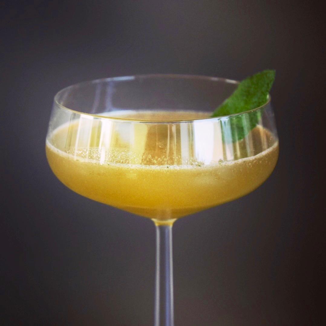 Old Cuban  – cocktail med champagne på toppen